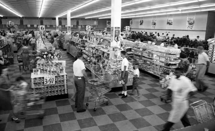 Colonial_Stores_grocery_1950_704_429_80_s copy